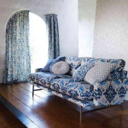 Recouvrir canap tissu nest canap avec structure en bois rembourr et recouverte en tissu gris - Comment nettoyer le tissu d un fauteuil ...